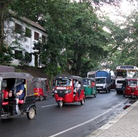 Kandy Lake street scene